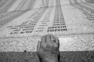 Un infinito prato di steli bianchi. Ricordando Srebrenica